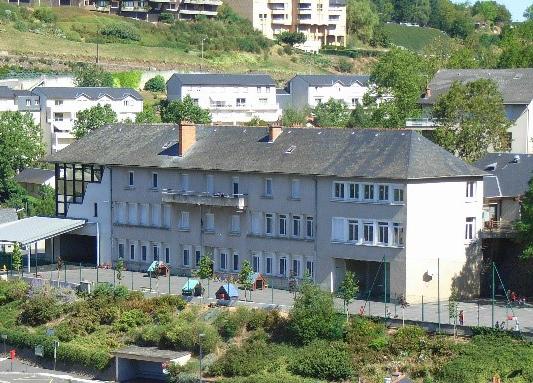 Vue de l'école du Monastère